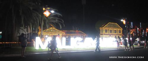 Maliwanag at Maligayang Pasko