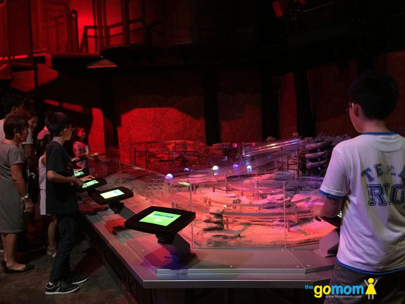 DreamPlay DinoTrux