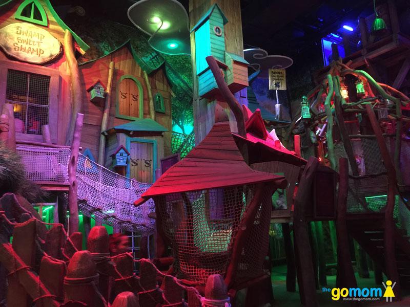 DreamPlay Shrek-Swamp-Stomp