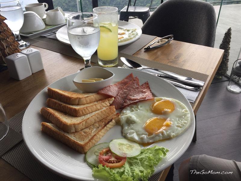 La Finca International Cafe Tagaytay