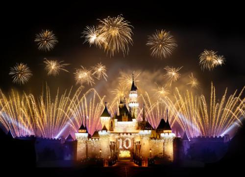 Hongkong-Disneyland-Fireworks